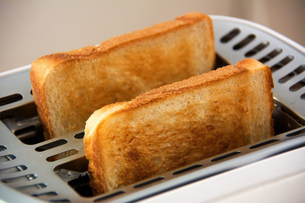 The Best Two-slice Toasters and How To Keep Them Clean