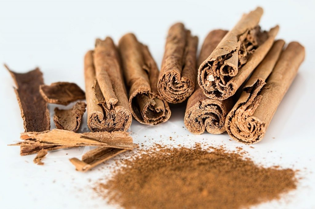cinnamon stick as Substitute For Ground Ginger