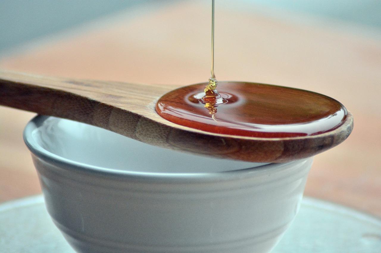 risks of raw honey