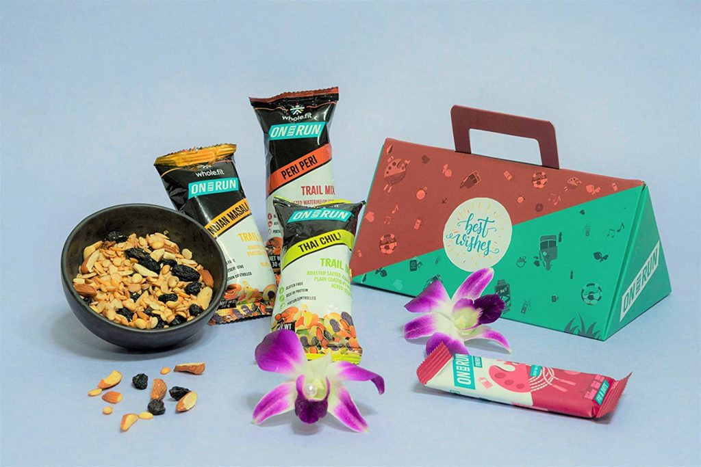 Dating A Fitness Freak? Best Gifts For Him & Her That Are Healthy & Tasty