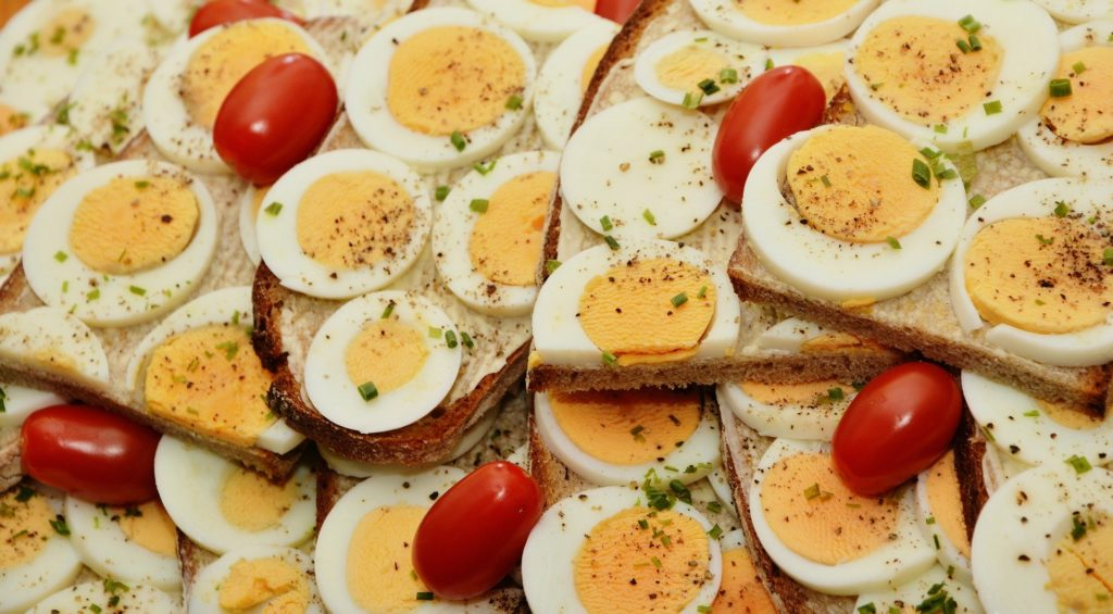 Egg Benefits: Improves Cholesterol, Weight Loss And More