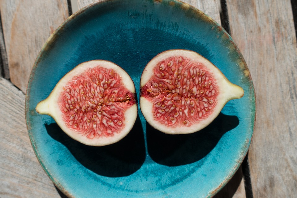 Anjeer (Fig) Benefits: Why You Should Add Anjeer To Your Diet