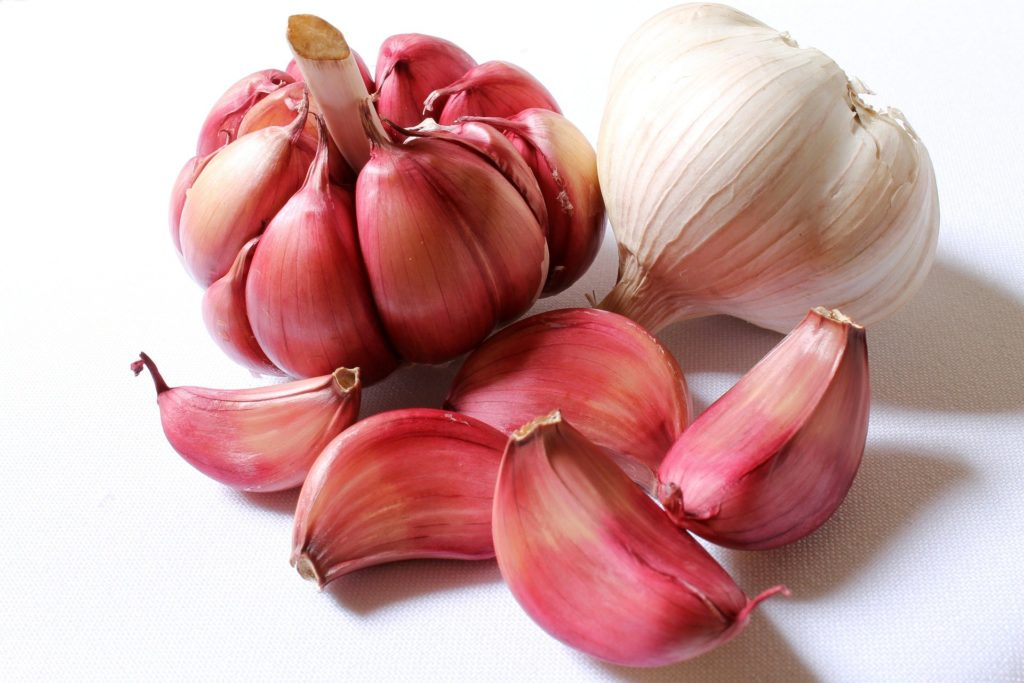 Garlic For Eyesight: 14 Amazing Benefits Of Garlic