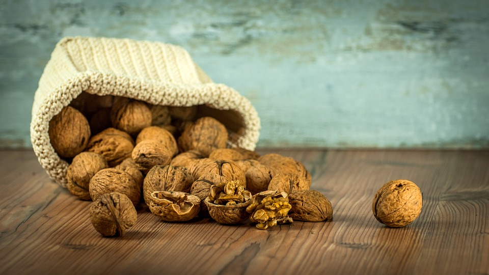 11 Exceptional Benefits Of Walnuts