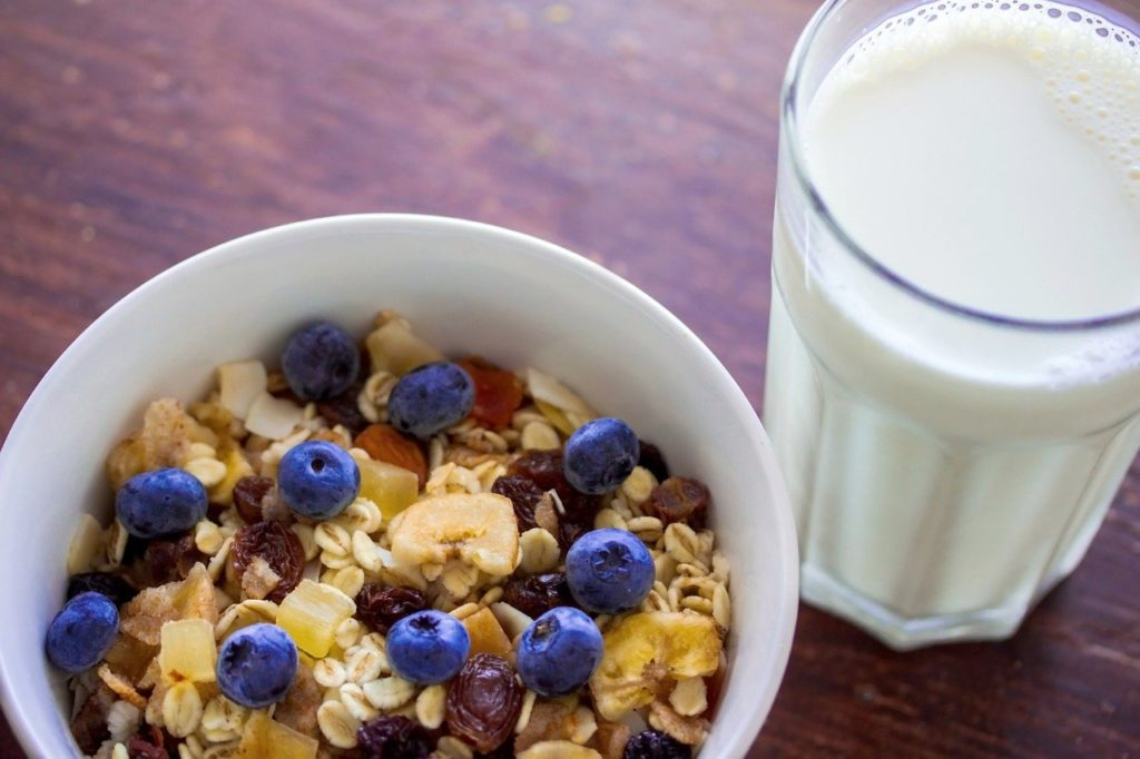 Benefits of Muesli With Milk