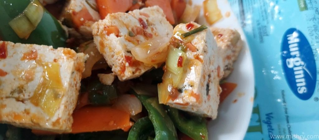 closer look at cooked murginns tofu