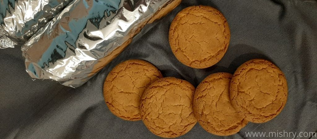 cremica coconut cookies shape and texture