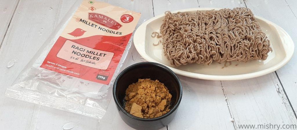 ragi millet noodles packet contents